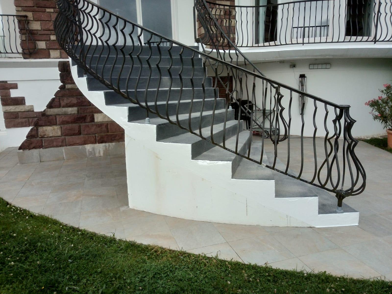 Escalera-terraza-impermeabilizacion-hendaye