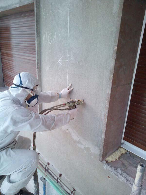 inyección en muros de fachada